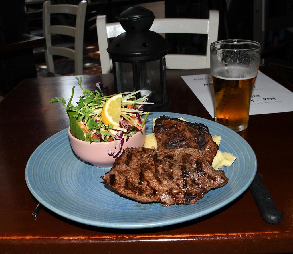 Sirlion Steak, Glasgow Arms Hotel, Ultimo, Sydney, NSW.