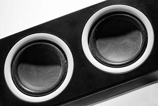 Schwarz Weiß Kunst Fotografie Industrie Produkt Lautsprecher – faule Auszeit: chillen mit Musik.