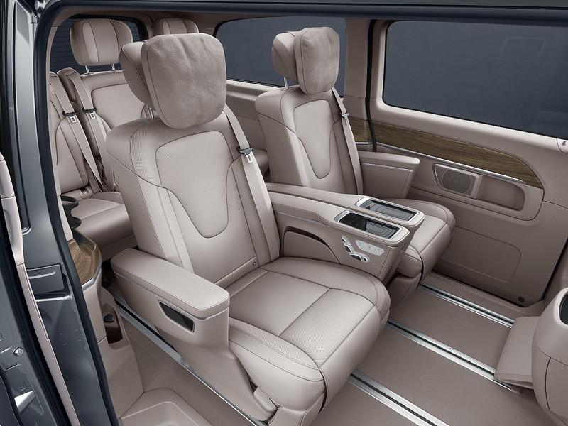 2021-mercedes-benz-v-class-china-12