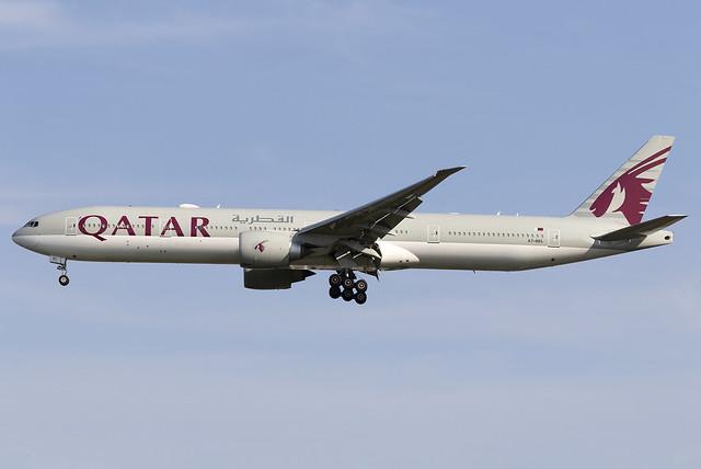 Qatar Airways 777-300ER A7-BEL at Heathrow Airport LHR/EGLL