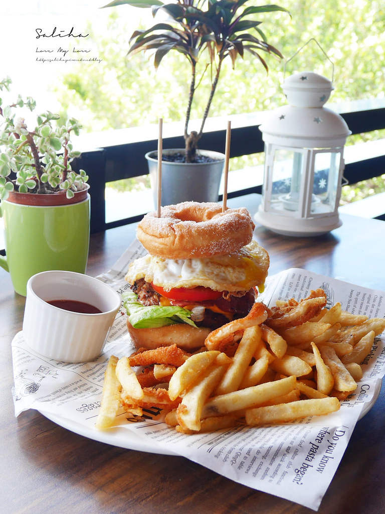 淡水老街不貴景觀餐廳一日遊平價選擇推薦紅色穀倉有素食不限用餐時間氣氛好 (4)