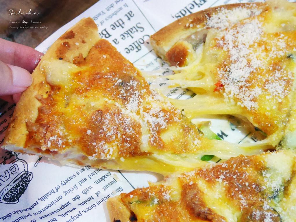 淡水老街一日遊素食餐廳推薦紅色穀倉素食披薩景觀餐廳好吃美食 (2)