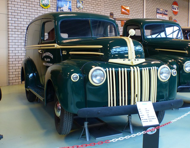 1946 Ford Model Y 80-69 Panel Delivery vr