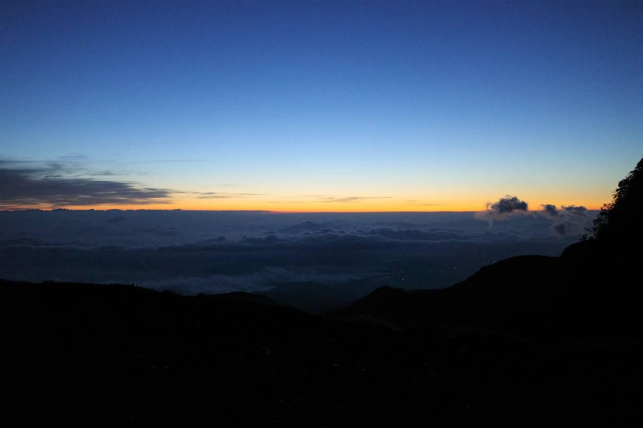 根石岳からの朝焼け