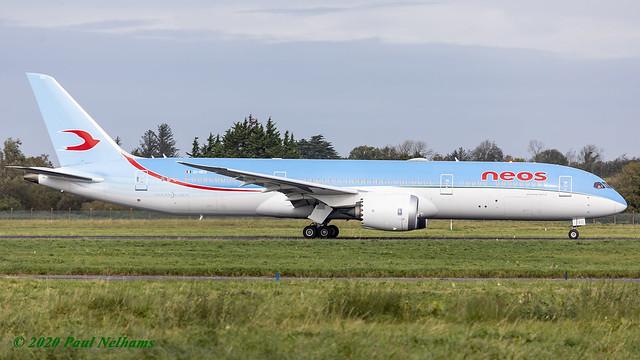 EI-NEO 787 NEOS