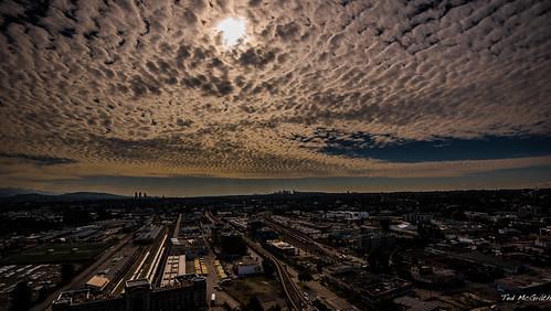 2020 bc britishcolumbia canada cropped nikon nikond750 nikonfx tedmcgrath tedsphotos vancouver vancouverbc vancouvercity vignetting clouds eastvancouver vancouvereast centralstation vancouvercentralstation skytrain sky sunrise