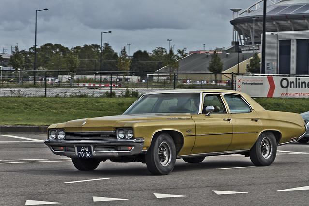 Buick LeSabre Sedan 1972 (2349)
