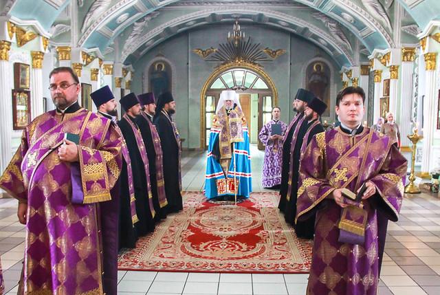 В праздник Воздвижения Честного и Животворящего Креста Господня 27.09.2020