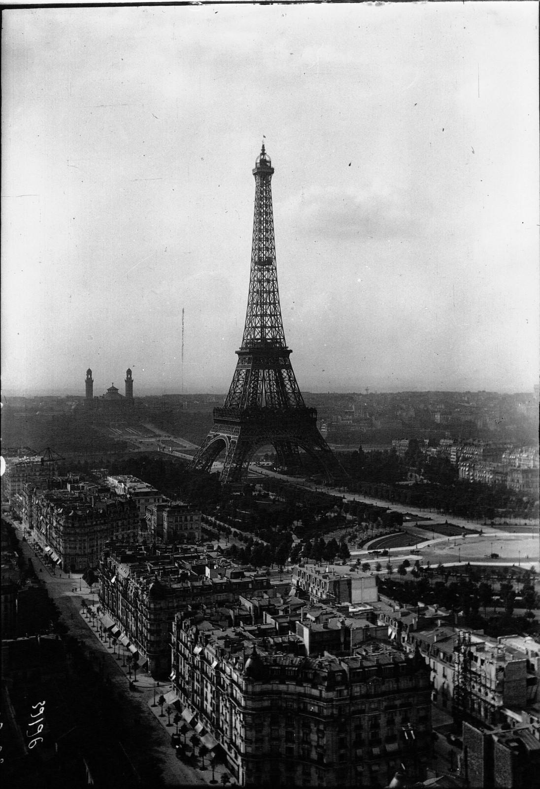 1913. Вид на Париж с большого колеса