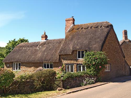 oxfordshire banburyshire england picturesque village cottage thatch swalcliffe