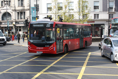 RATP Dev DLE30330 YX68UVR