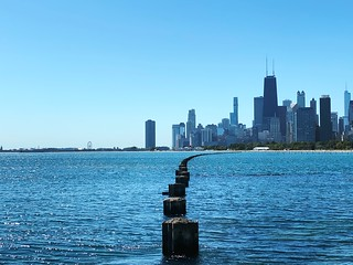 From what will probably be one of my last rides of the season along the #lakefront. #Chicago | by David Chartier