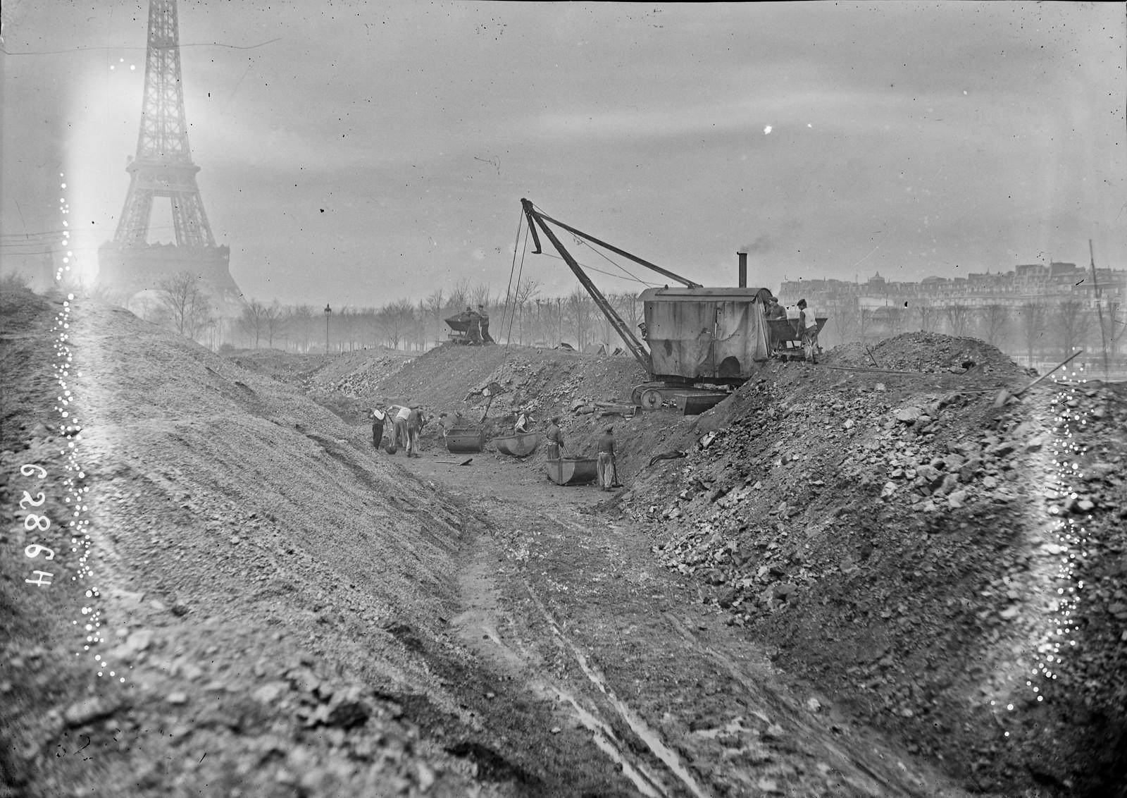 1920. Угольный рынок, недалеко от Эйфелевой башни