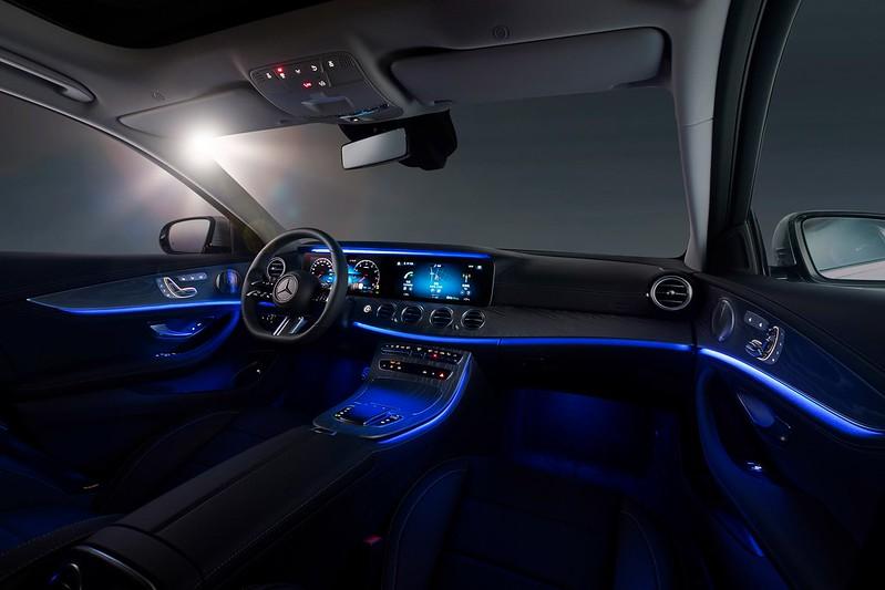 2021-Mercedes-E-Class-L-4