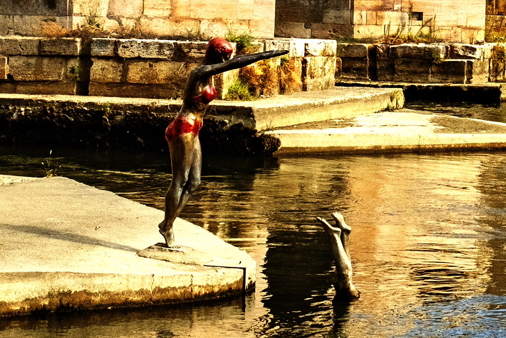 Statues of women diving into the Vardar on 9-27-20--Skopje (detail)