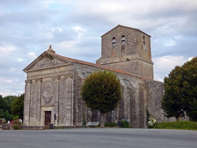 Eglise Saint Pierre...Soubise