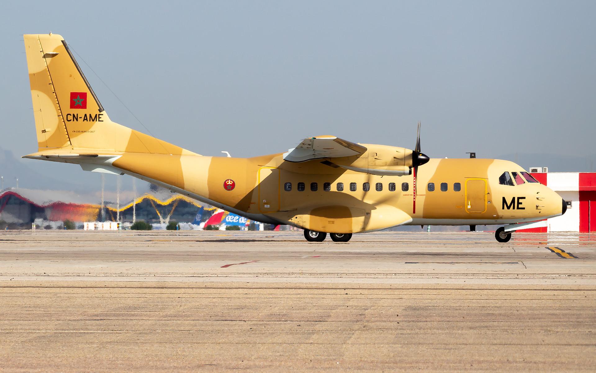 FRA: Photos d'avions de transport - Page 41 50400934387_5ae6dc455e_k