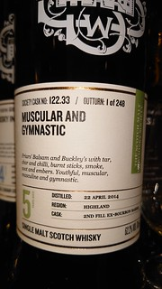 SMWS 122.33 - Muscular and gymnastic