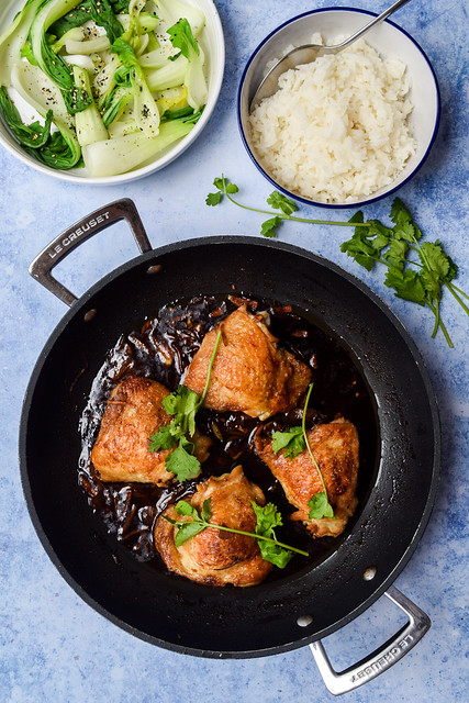 Soy Sauce Braised Chicken Thighs