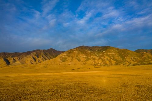 utah mavic2pro dronephotography oquirrhmountains farnsworthpeak goldenhour tooelevalley