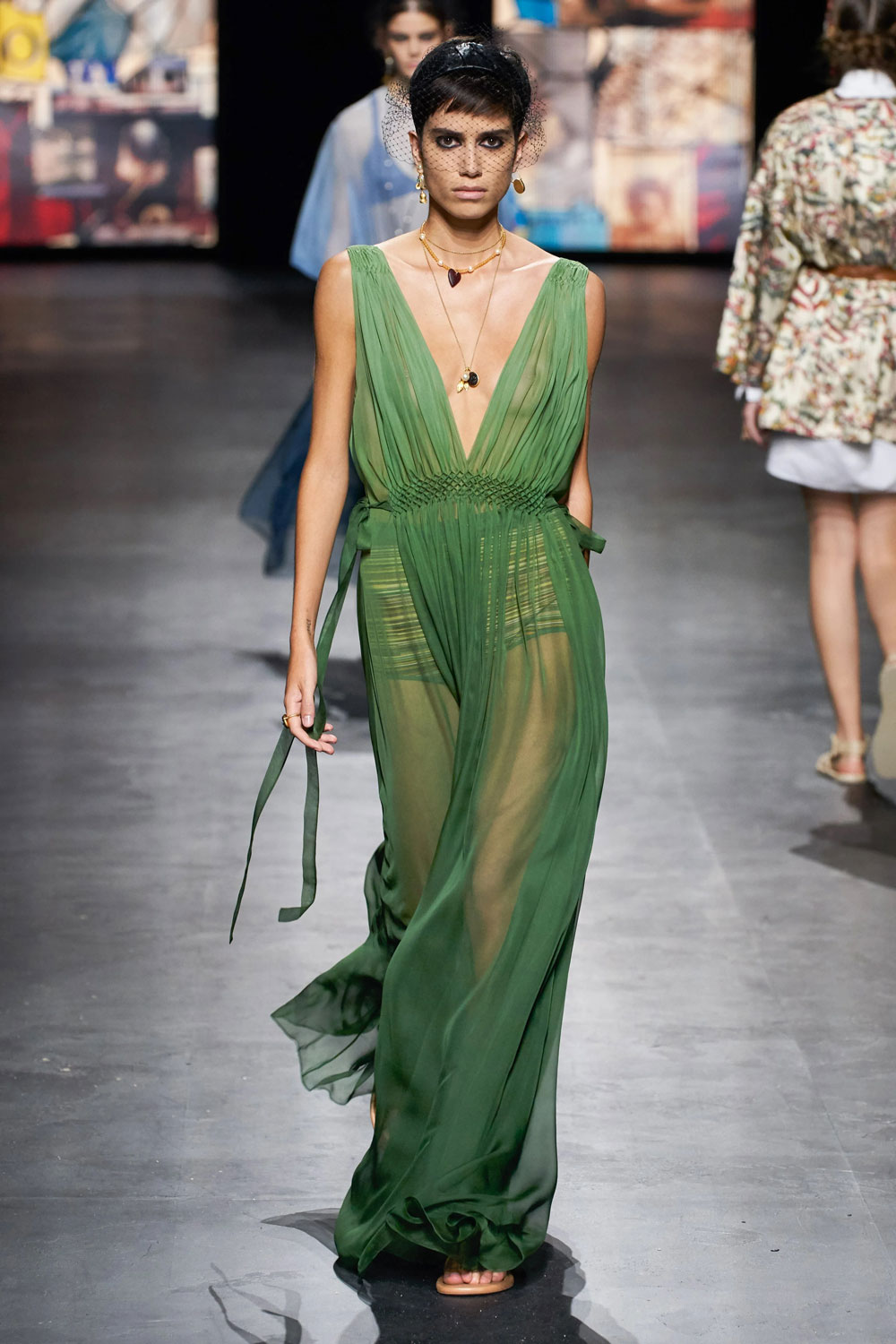 fashion_week_spring_2021_ready-to-wear_christian_dior_1