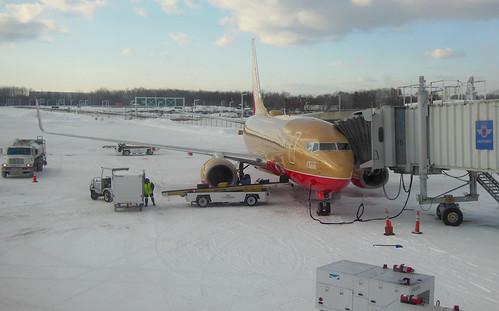 "ROC Greater Rochester International Airport Southwest 737 ""Mustard Rocket"" March 2015"