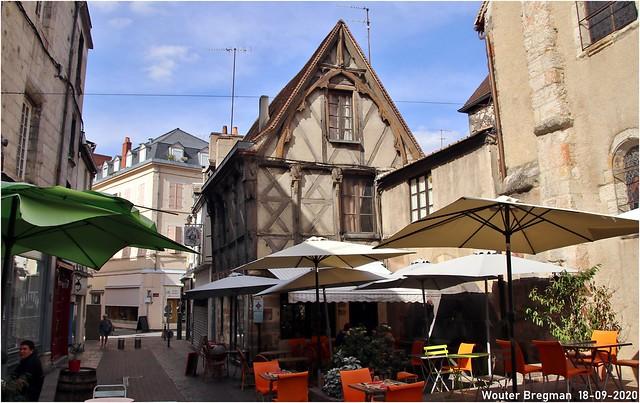 2 rue Porte Saint-Pierre