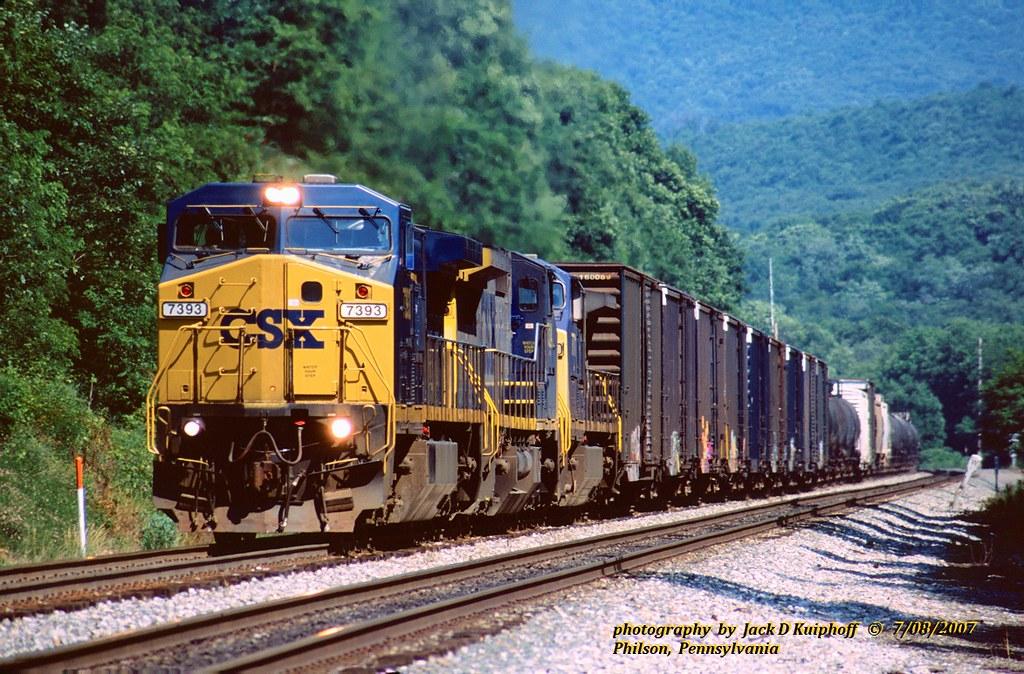 CSX 7393-7324-7771, Q375, NA, Philson, PA. 7-08-2007