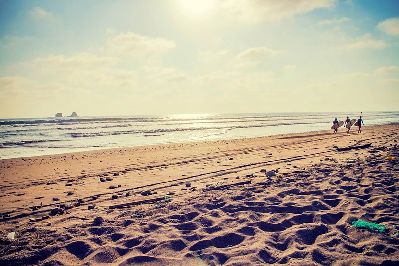 La playa de Ayampe es perfecta para los que perdieron el amor al mar. Ubicada al sur de la provincia de Manabí entre la fiestera playa de Montañita y los Frailes que es considerada la mejor playa de Ecuador.