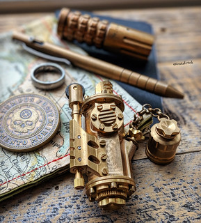 Brass steampunk lighter | by edcbyfrank