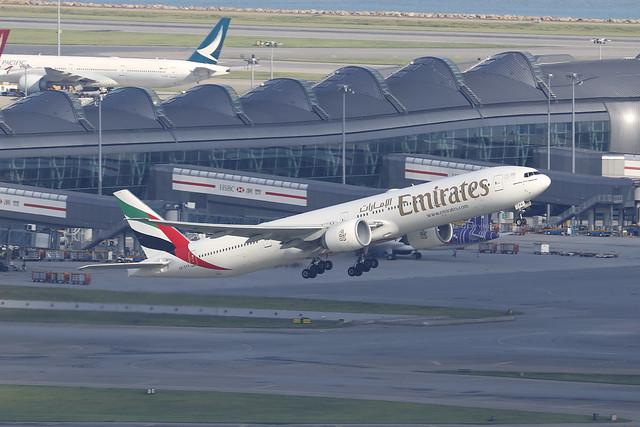 A6-EPA, Boeing 777-300ER, Emirates, Hong Kong