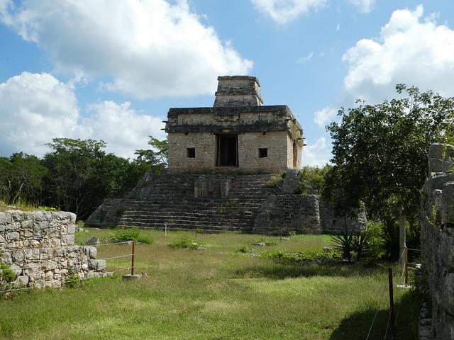 Dzibilchaltún Mayan Ruins