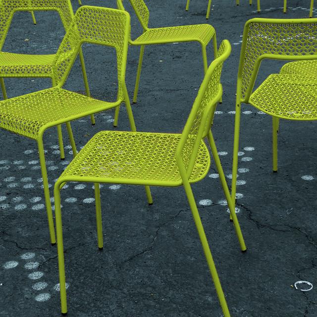'chair-treuse' choices