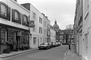 Fairholt St, Knightsbridge, Kensington & Chelsea, 1988 88-4b-21-positive_2400