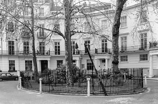 Brompton Square, Knightsbridge, Kensington & Chelsea, 1988 88-4b-13-positive_2400