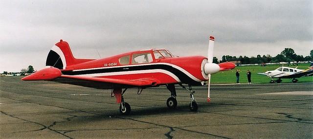 RA-44544 at North Weald 2002 (scan)