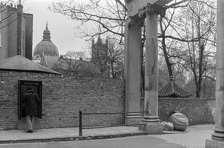 Ennismore Gardens, Knightsbridge, Westminster, 1988 88-4c-52-positive_2400