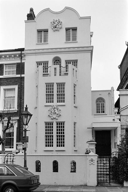 Eldon Rd, Kensington, Kensington & Chelsea, 1988 88-4e-55-positive_2400