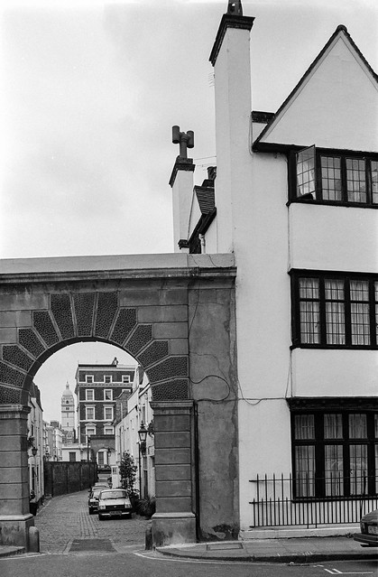 Launceston Place, Kynance Mews, Kensington, Kensington & Chelsea, 1988 88-4f-62-positive_2400