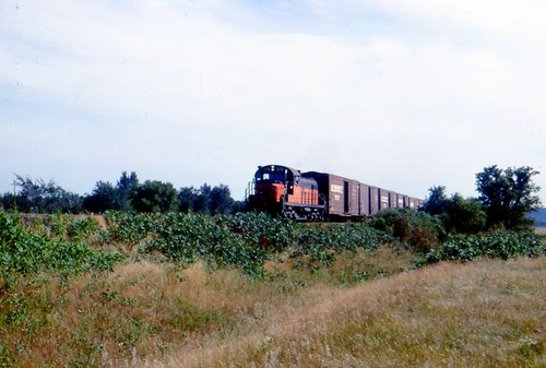 578 pulls a freight on the Stillwater branch