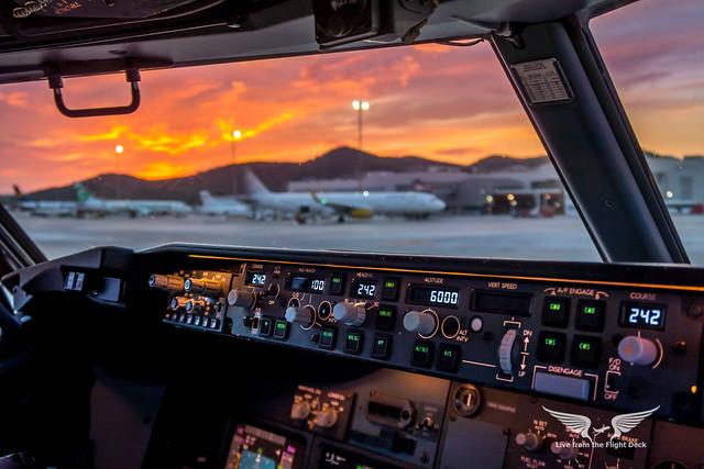 B737 cockpit - Sunset in Ibiza