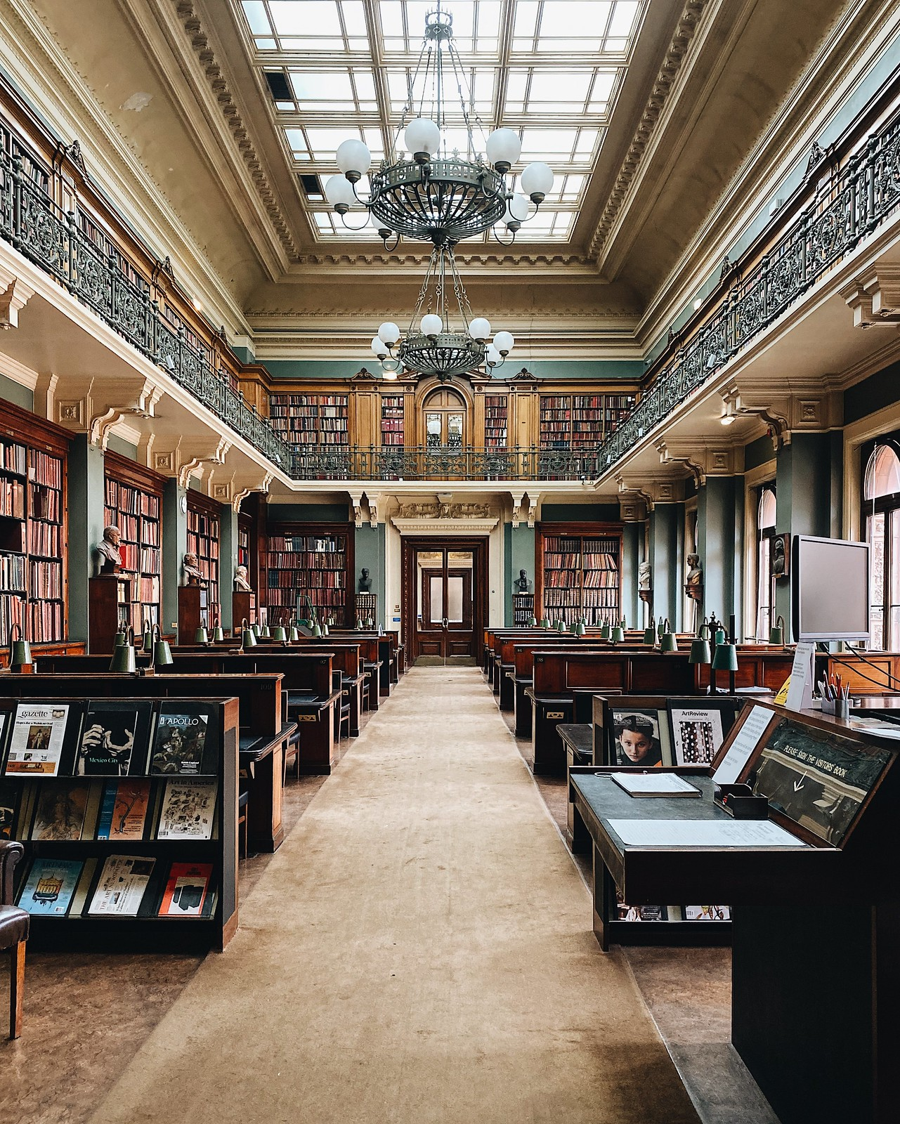 Lontoo kirjakauppa