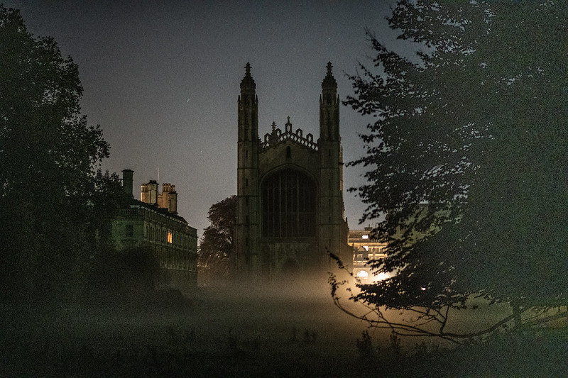 King's college of Cambridge, at night