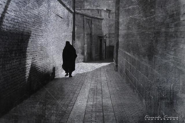 Sola en Isfahan/Alone in Isfahan