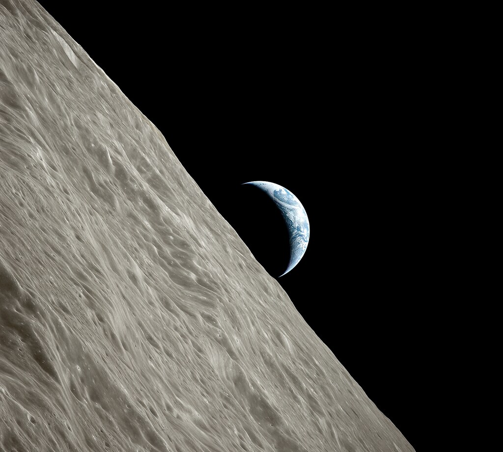 Earth over Moon - Apollo 17