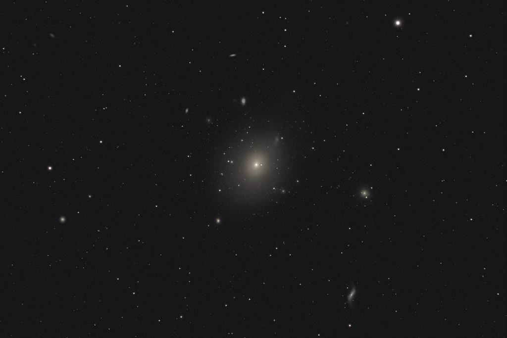 Galaxie M49