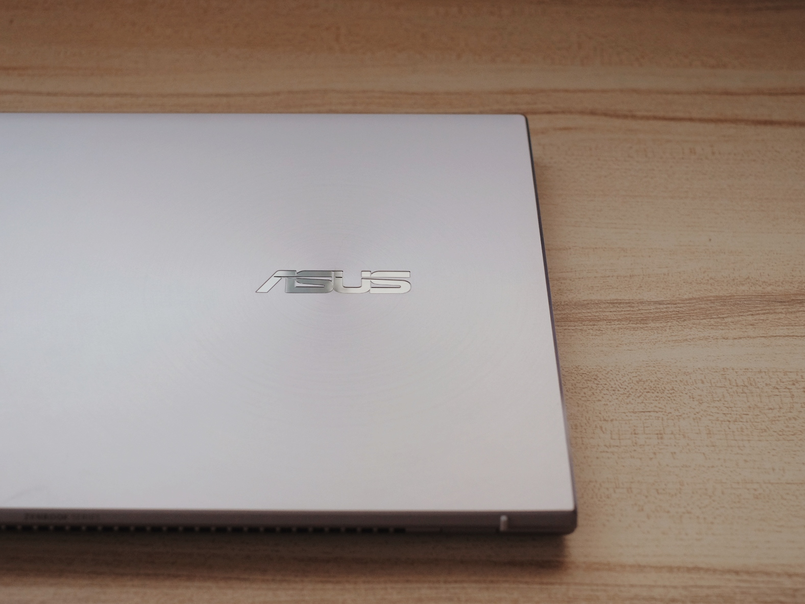 Asus Zenbook UX425 Lilac Mist Review, Lifestyle Philippine Price