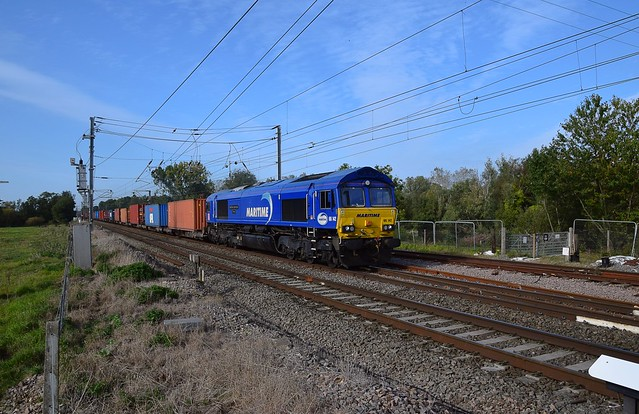 DB 66142 'Maritime 3' passes Barham with the 10.04 Wakefield Europort - Felixstowe South working. 28 09 2020