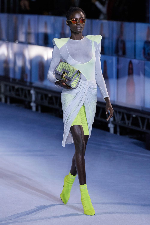 fashion_week_spring_2021_ready-to-wear_balmain_2