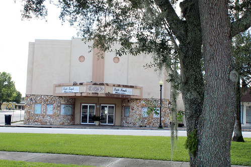 florida fl oldtown downtown wauchula theater theatre